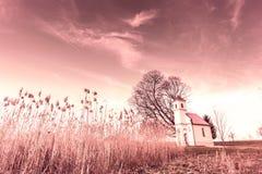 Λίγη εκκλησία κοντά σε Vinkovci Στοκ εικόνες με δικαίωμα ελεύθερης χρήσης