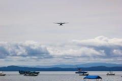 Λίγη προσγείωση αεροπλάνων Στοκ φωτογραφία με δικαίωμα ελεύθερης χρήσης