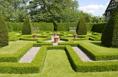Λίγος κήπος κόμβων αιθουσών Moreton Στοκ Εικόνες