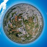 Λίγος πλανήτης Alberobello, Πούλια, Ιταλία στοκ φωτογραφία με δικαίωμα ελεύθερης χρήσης