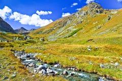 Λίγος ποταμός βουνών Στοκ εικόνα με δικαίωμα ελεύθερης χρήσης