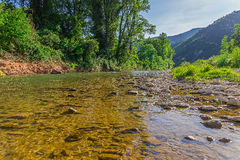 Λίγος ποταμός βουνών στοκ φωτογραφία με δικαίωμα ελεύθερης χρήσης