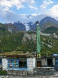 Λίγο κατάστημα στο χωριό Mugje κάτω από Annapurna, Νεπάλ Στοκ εικόνα με δικαίωμα ελεύθερης χρήσης