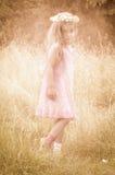 Λίγο κορίτσι θερινού ηλιοστάσιου Στοκ Φωτογραφίες