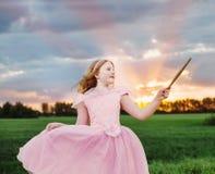 Λίγο κορίτσι νεράιδων υπαίθριο Στοκ Εικόνες