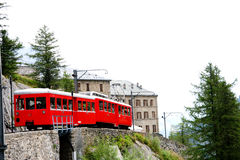 Λίγο κόκκινο τραίνο - γαλλικές Άλπεις Στοκ φωτογραφία με δικαίωμα ελεύθερης χρήσης