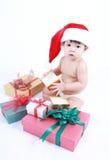 Λίγο μωρό γιορτάζει τα Χριστούγεννα Νέες διακοπές έτους ` s Στοκ Φωτογραφίες