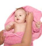 Λίγο μωρό μετά από το λουτρό στοκ φωτογραφίες