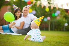 Λίγο μωρό στην ΚΑΠ στα γενέθλιά του Στοκ Εικόνες