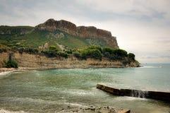 Λίγο παραλία κάτω από de Cliffs Cassis στοκ φωτογραφίες με δικαίωμα ελεύθερης χρήσης