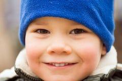 Λίγο πορτρέτο αγοριών χαμόγελου χαριτωμένο στοκ εικόνες με δικαίωμα ελεύθερης χρήσης