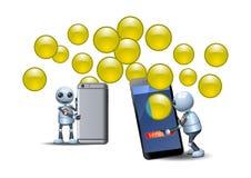 Λίγο ρομπότ που χρησιμοποιεί το έξυπνο τηλέφωνο νέας τεχνολογίας που μοιράζεται τις κινητές εφαρμογές στοιχείων φυσαλίδων Στοκ φωτογραφία με δικαίωμα ελεύθερης χρήσης