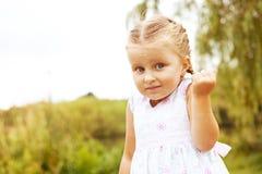 Λίγο συναισθηματικό κορίτσι Στοκ φωτογραφίες με δικαίωμα ελεύθερης χρήσης