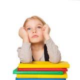Λίγο τρυπημένο κορίτσι σπουδαστών με τα βιβλία. Στοκ εικόνες με δικαίωμα ελεύθερης χρήσης
