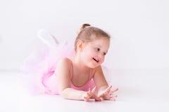 Λίγο ballerina στο ρόδινο tutu Στοκ εικόνα με δικαίωμα ελεύθερης χρήσης