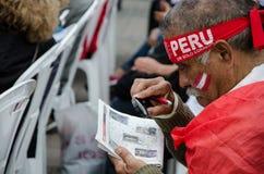 Λίμα, Περού - 10 Οκτωβρίου 2017: Φανατισμός στο Περού Περού εναντίον της Κολομβίας Ρωσία 2018 Στοκ φωτογραφίες με δικαίωμα ελεύθερης χρήσης