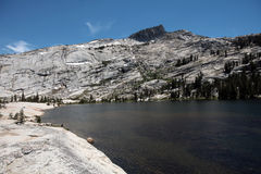 Λίμνες καθεδρικών ναών, εθνικό πάρκο Yosemite Στοκ Φωτογραφία