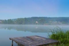 Λίμνες και η ομίχλη ξημερωμάτων Στοκ Εικόνα