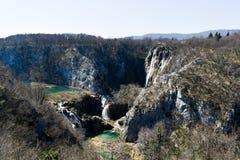 Λίμνες και καταρράκτες των λιμνών Plitvice στην Κροατία κατά τη διάρκεια της πρώιμης άνοιξης στοκ φωτογραφία