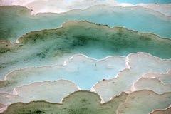 Λίμνες και πεζούλια τραβερτινών σε Pamukkale στοκ φωτογραφία με δικαίωμα ελεύθερης χρήσης