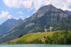 Λίμνες Καναδάς Waterton ξενοδοχείων Πρίγκηπων της Ουαλίας Στοκ Εικόνες