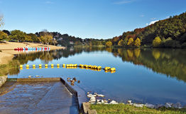 Λίμνη Άγιος-κατούρημα-sur-Nivelle σε γαλλικό βασκικό Coundry Στοκ εικόνες με δικαίωμα ελεύθερης χρήσης