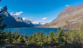 Λίμνη Αγίου Mary, εθνικό πάρκο παγετώνων Στοκ φωτογραφία με δικαίωμα ελεύθερης χρήσης