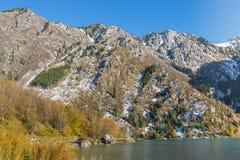 Λίμνη βουνών, Καζακστάν Στοκ Φωτογραφία