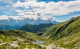 Λίμνη βουνών παγετώνων στους δολομίτες Brenta Στοκ Εικόνες