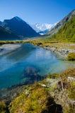 Λίμνη βουνών, Ρωσία, Δημοκρατία Altai Στοκ Φωτογραφία