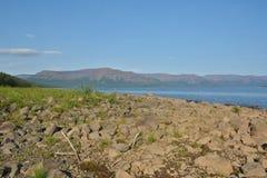 Λίμνη βουνών στο οροπέδιο Putorana στοκ εικόνα με δικαίωμα ελεύθερης χρήσης