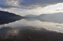 Λίμνη βουνών στο οροπέδιο Putorana στοκ φωτογραφίες με δικαίωμα ελεύθερης χρήσης