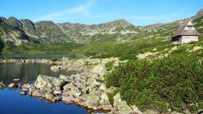 Λίμνη βουνών Tatras στην Πολωνία Στοκ εικόνες με δικαίωμα ελεύθερης χρήσης