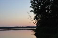 Λίμνη βραδιού Στοκ εικόνα με δικαίωμα ελεύθερης χρήσης