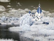 Λίμνη εκκλησιών στην ξηρά Ναός όλων των Αγίων στη γη ρωσικά υπό Στοκ Φωτογραφία