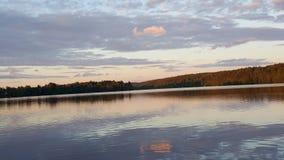 Λίμνη ηλιοβασιλέματος Στοκ Εικόνες