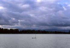 Λίμνη καθρεφτών Στοκ Φωτογραφία