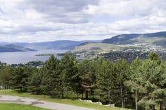 Λίμνη και δύση Kelowna Okanagan στοκ φωτογραφία