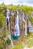 Λίμνη και καταρράκτης-Plitvice εθνικό πάρκο, Κροατία Στοκ εικόνα με δικαίωμα ελεύθερης χρήσης