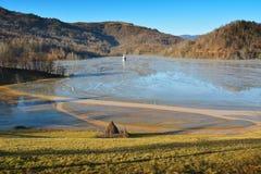 Λίμνη κυανιδίου σε Geamana Ρουμανία Στοκ εικόνες με δικαίωμα ελεύθερης χρήσης