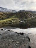 Λίμνη - να περπατήσει πέτρες στοκ εικόνες