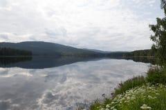 Λίμνη Νορβηγία Idyylic στοκ εικόνα