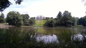 Λίμνη πάρκων της ΔΡΕΣΔΗΣ ΓΕΡΜΑΝΙΑ Zwinger με την πηγή 2 απόθεμα βίντεο
