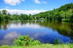 Λίμνη πανεπιστημιουπόλεων κολλεγίου ΑΜ Holyoke Στοκ Εικόνες