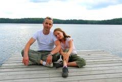 λίμνη πατέρων παιδιών Στοκ Φωτογραφίες