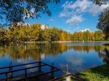 Λίμνη πόλεων Στοκ φωτογραφία με δικαίωμα ελεύθερης χρήσης