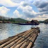 Λίμνη στη ζούγκλα Στοκ φωτογραφία με δικαίωμα ελεύθερης χρήσης