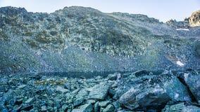 Λίμνη στο βουνό Στοκ εικόνες με δικαίωμα ελεύθερης χρήσης