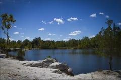 Λίμνη στο πάρκο Klondike Στοκ φωτογραφία με δικαίωμα ελεύθερης χρήσης