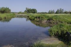 Λίμνη στο χωριό Στοκ εικόνα με δικαίωμα ελεύθερης χρήσης